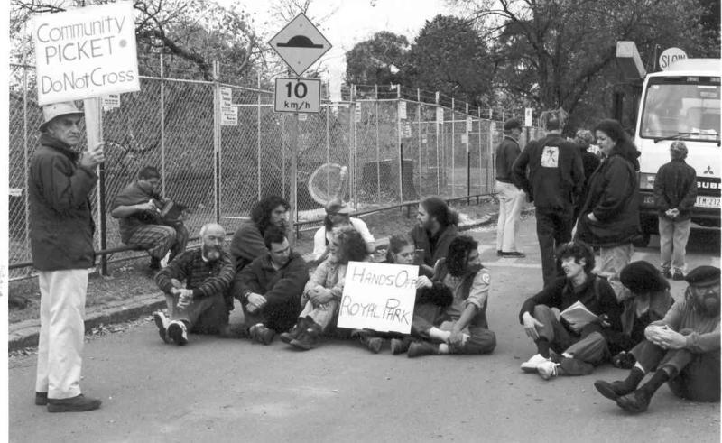 1999 Stadium Blockade - 5