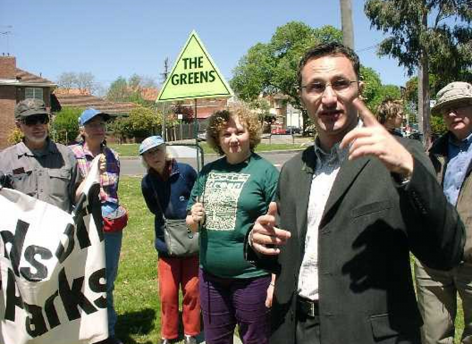 Richard di Natale points